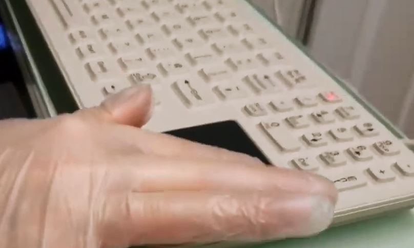Which keyboards and mice are best for cleanroom use?